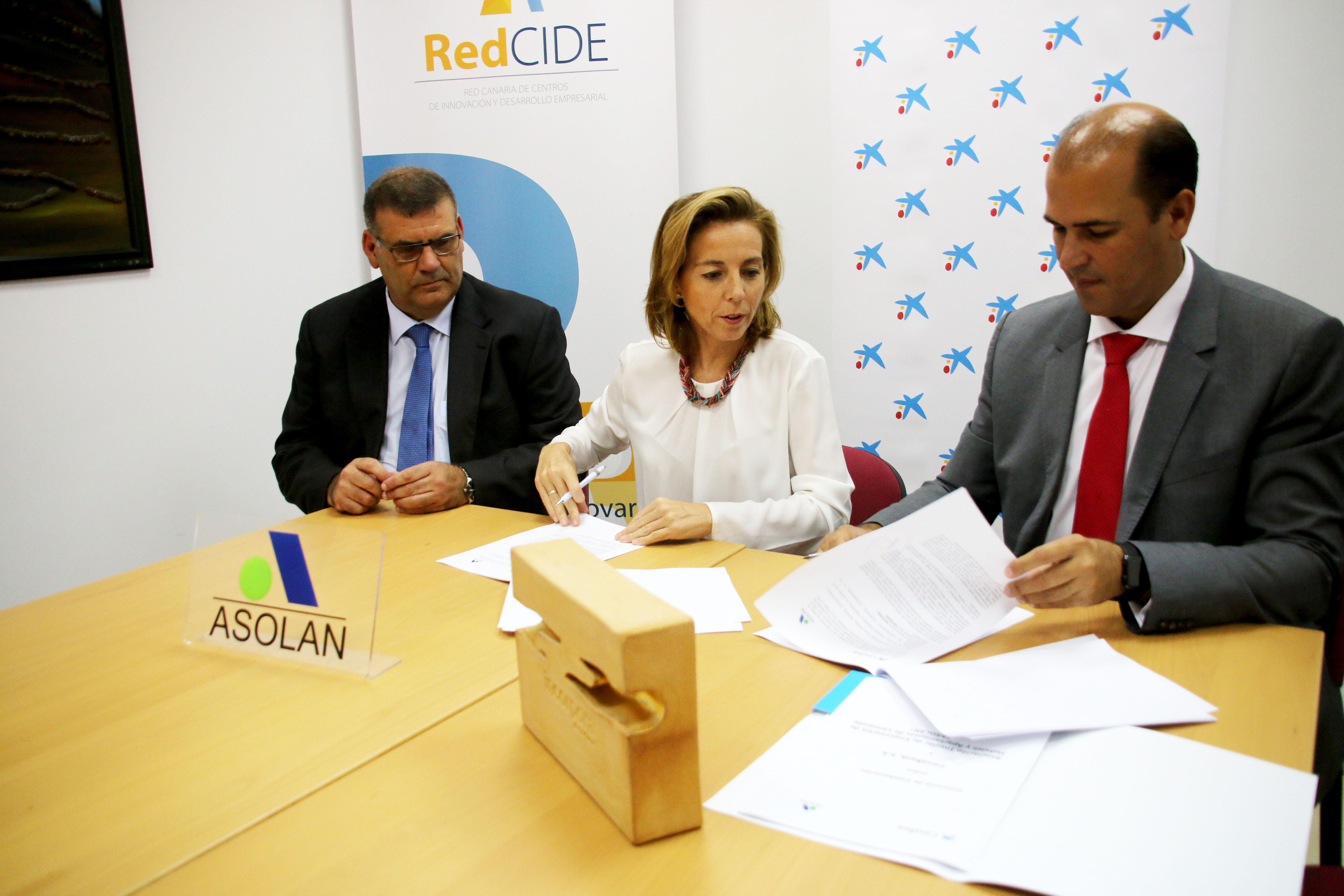 CaixaBank y ASOLAN firman un convenio para impulsar la competitividad de las empresas hoteleras de Lanzarote